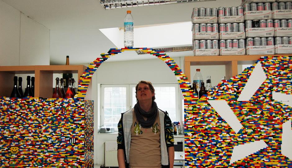 Der Legobogen hält