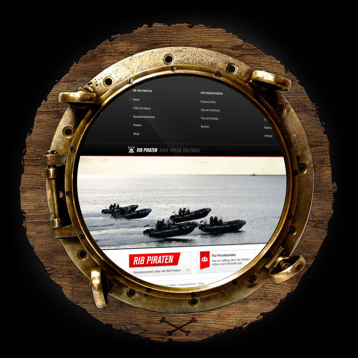 Die RIB Piraten Webseite hinterm Bullauge